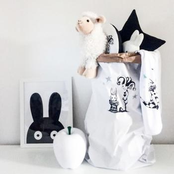 Tudor Bunny Storage Sack