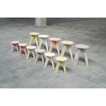 The Stool - Pink Fluo Lines
