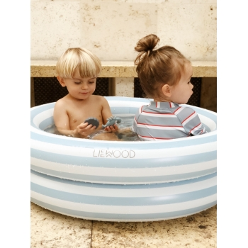 Leonore Rose Cat Small Pool