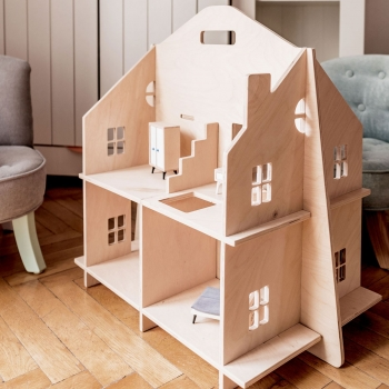 Natural Wooden Dollhouse